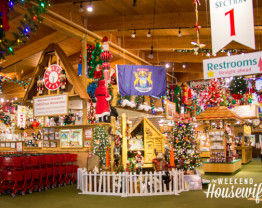 The Weekend Housewife - Bronner's Christmas Wonderland - Christmas in July - Frankenmuth. MI.