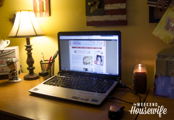 The Weekend Housewife - Finding Your Blog Voice