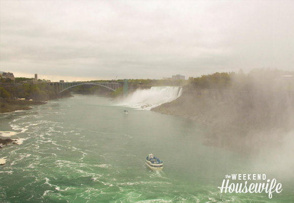 The Weekend Housewife - Hometown Series - Niagara Falls