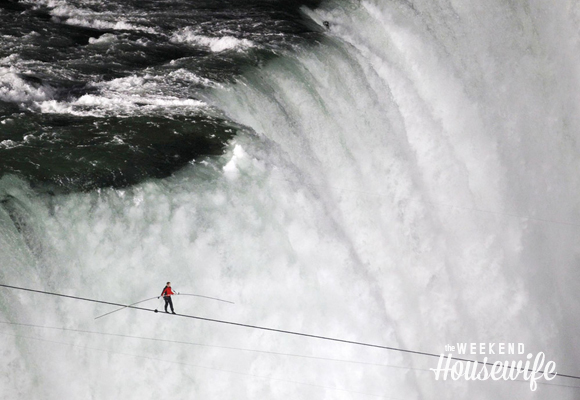 The Weekend Housewife - Hometown Series - Niagara Falls - Nik Wallenda