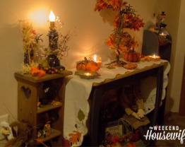 The Weekend Housewife - Decorating for Fall - Primitive Style