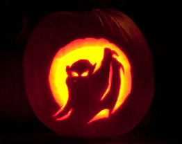 The Weekend Housewife - 13 Days of Halloween - Tips For Photographing a Lit Jack O' Lantern