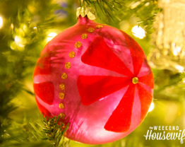 The Weekend Housewife - Countdown to Christmas - Christmas Tradition: The Ugly Ornaments